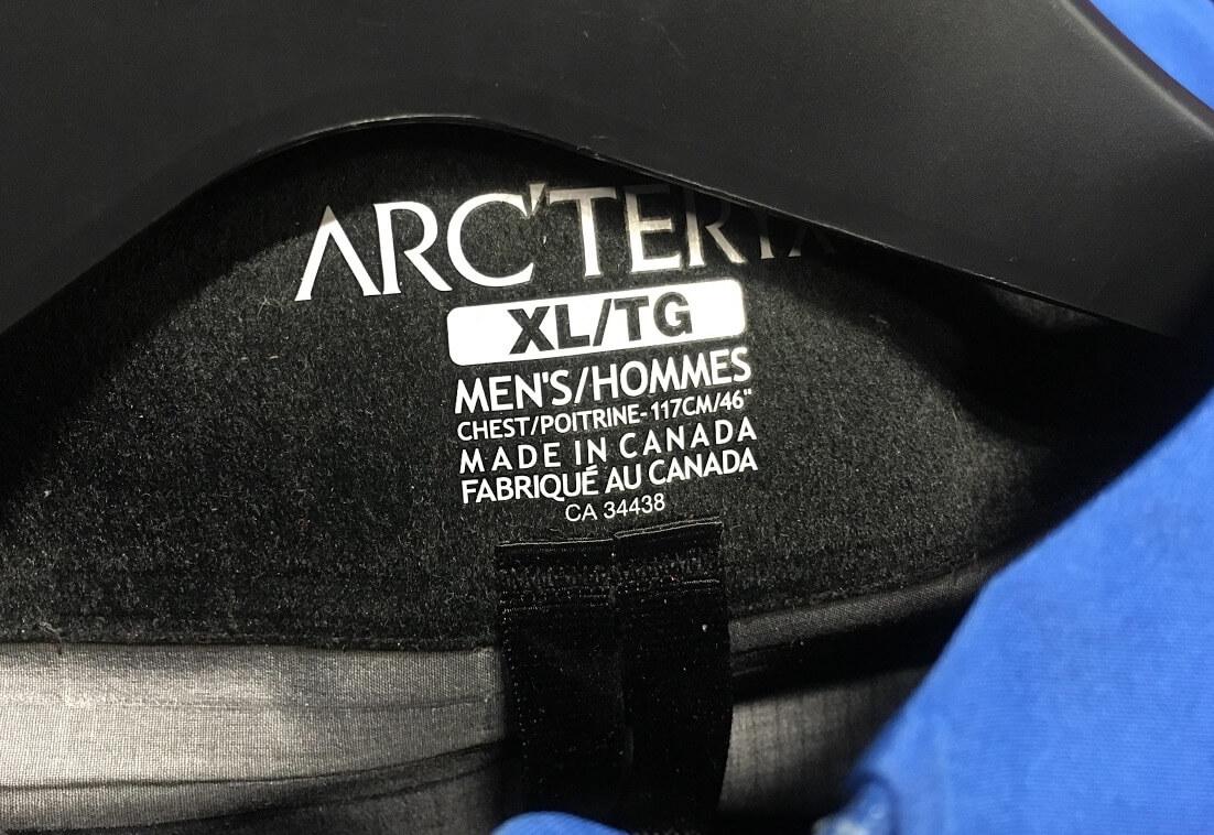 カナダ製のアークテリクス