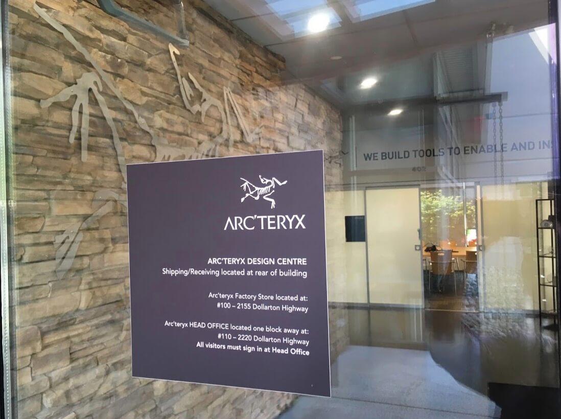 アークテリクスのデザインセンターの入り口