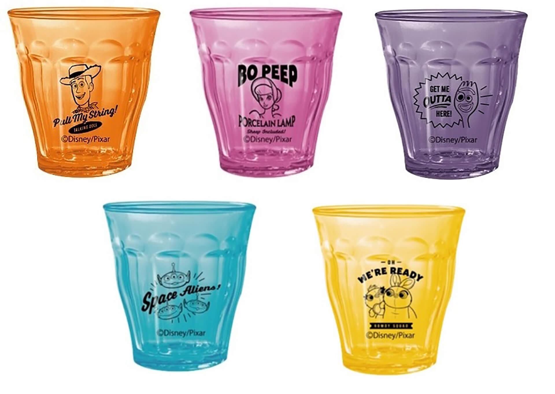 この写真は、トイストーリー4のOH MY CAFEの物販、グラス5種類