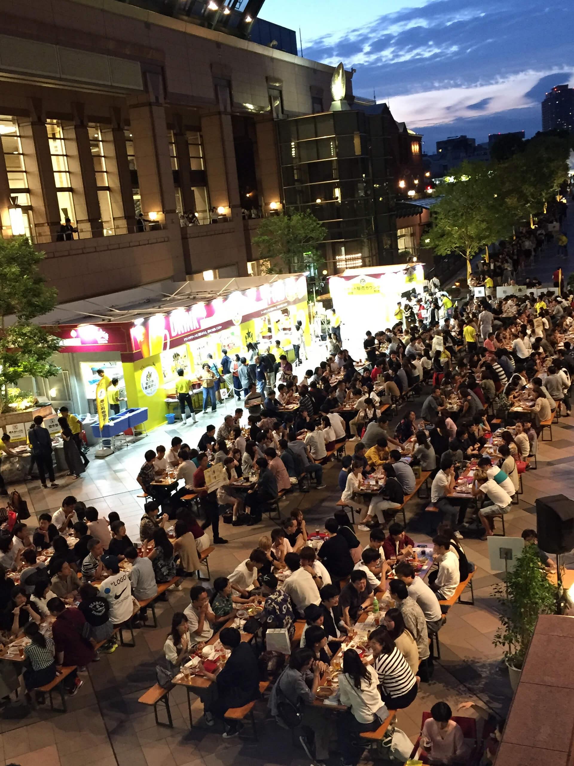 この写真は第11回「恵比寿麦酒祭り」のイメージ・会場全景