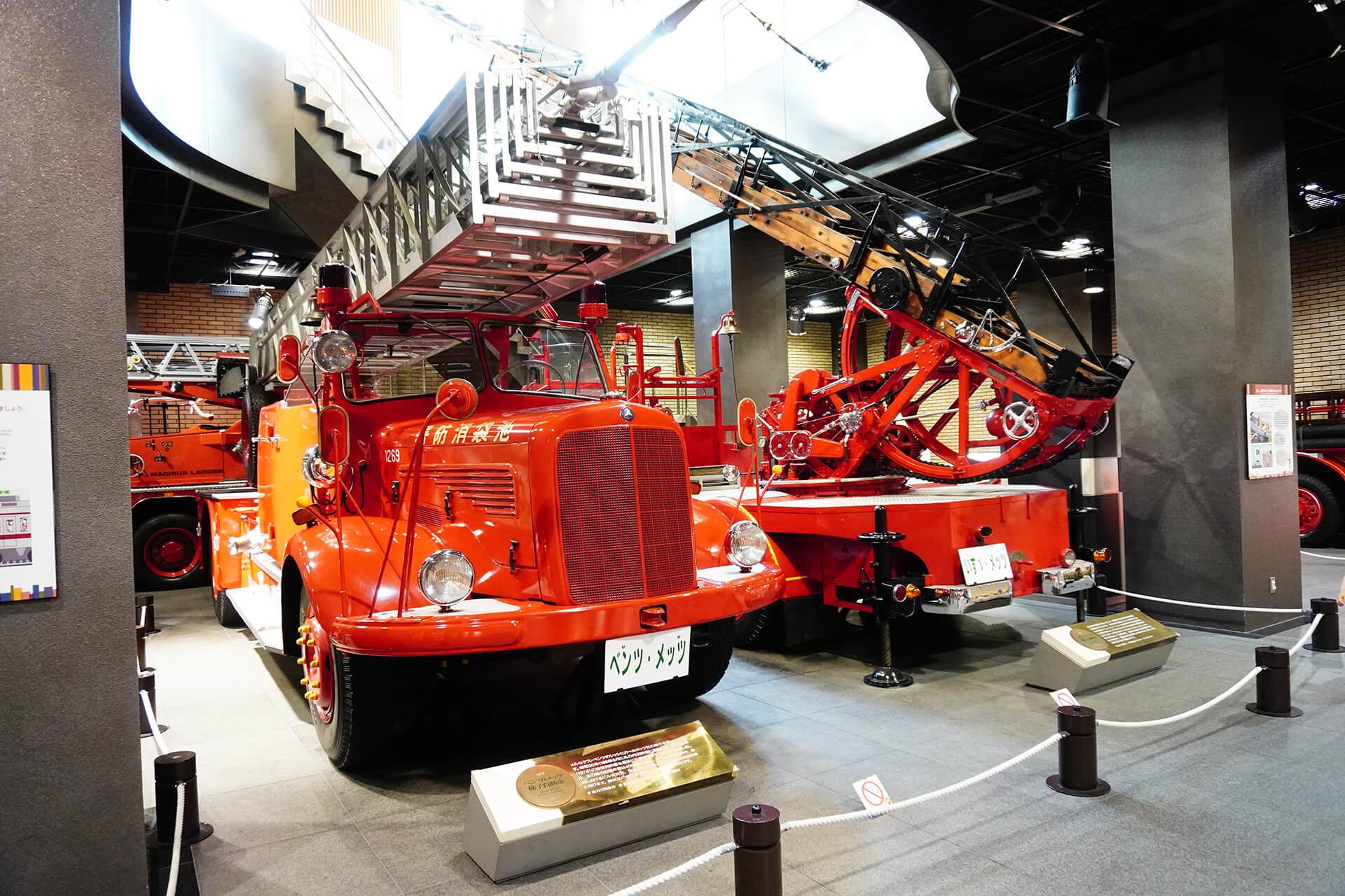 この写真は消防博物館にあるクラシック消防車