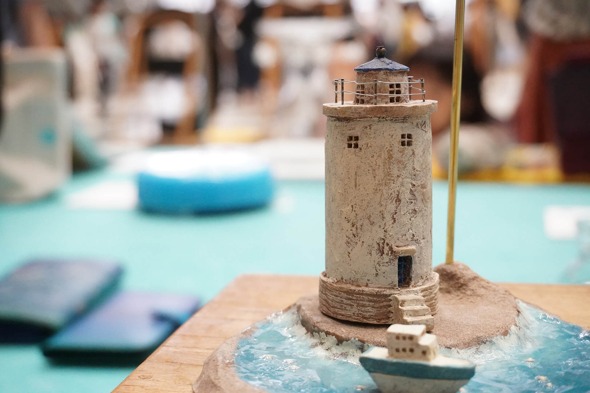 この写真はハンドメイドインジャパンにあった特別企画展の出展物。灯台です