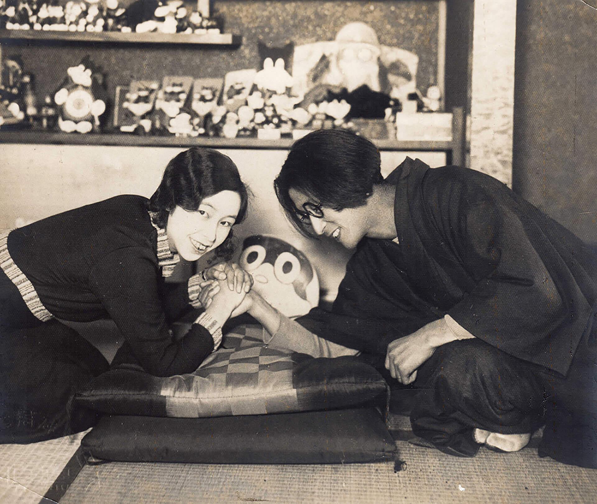 この写真は「のらくろであります!」の原作者、田河水疱さんと奥様のアー写