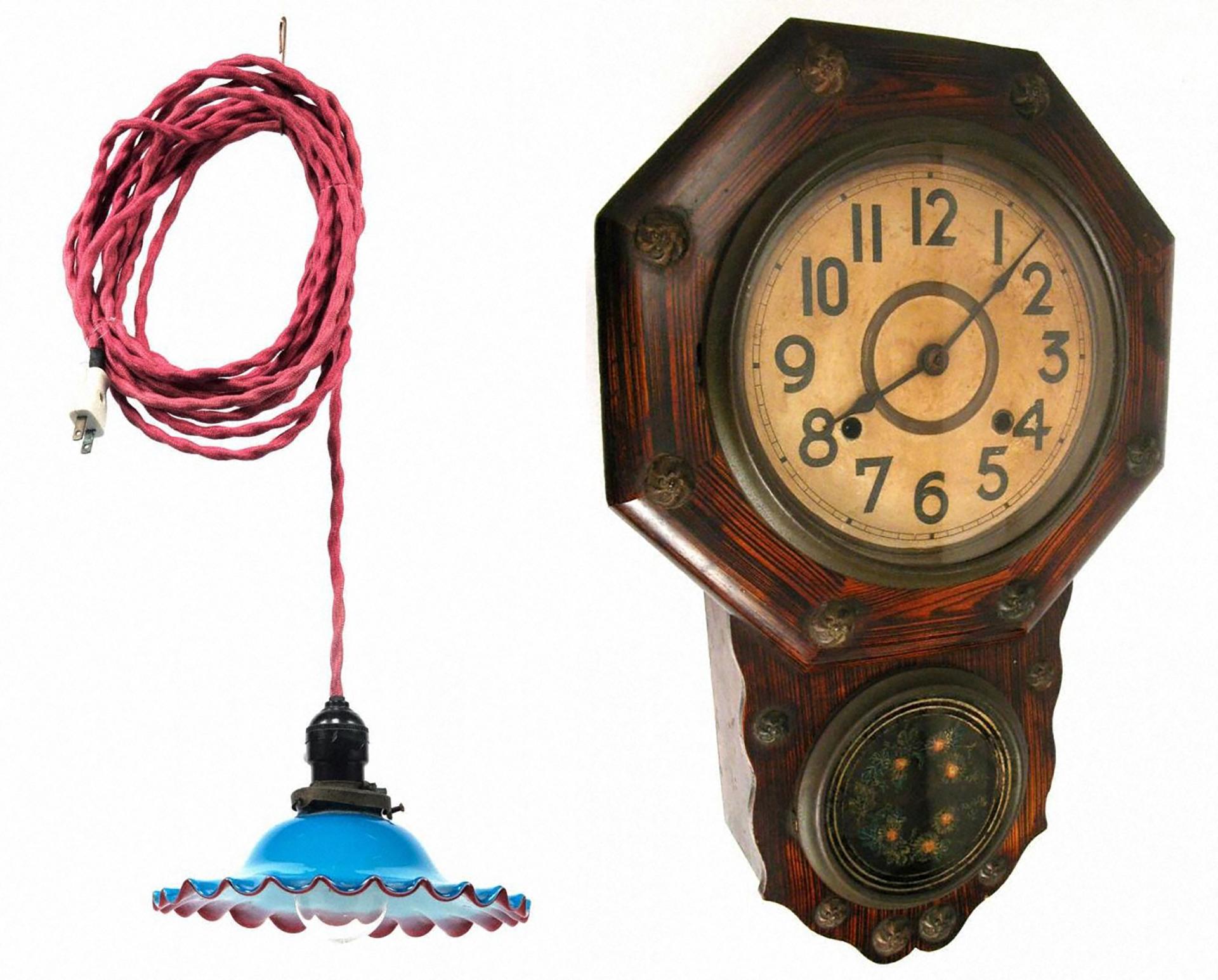 昔のくらしと家庭の道具2019の展示物・掛け時計、吊り下げ式伝統