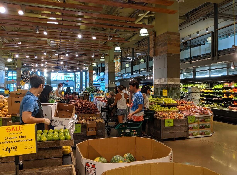 野菜や果物の売り場