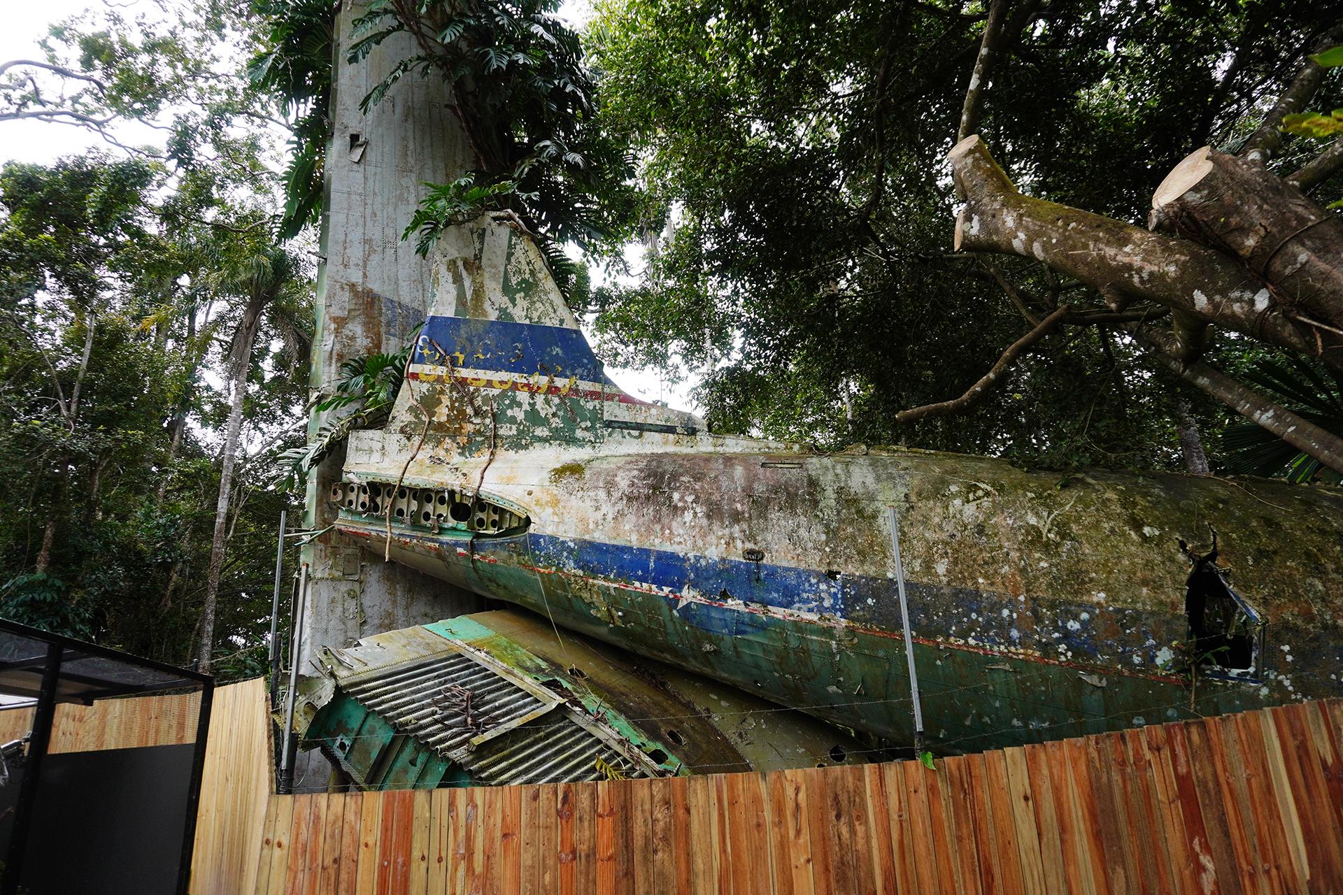 キュランダ動物園内墜落飛行機