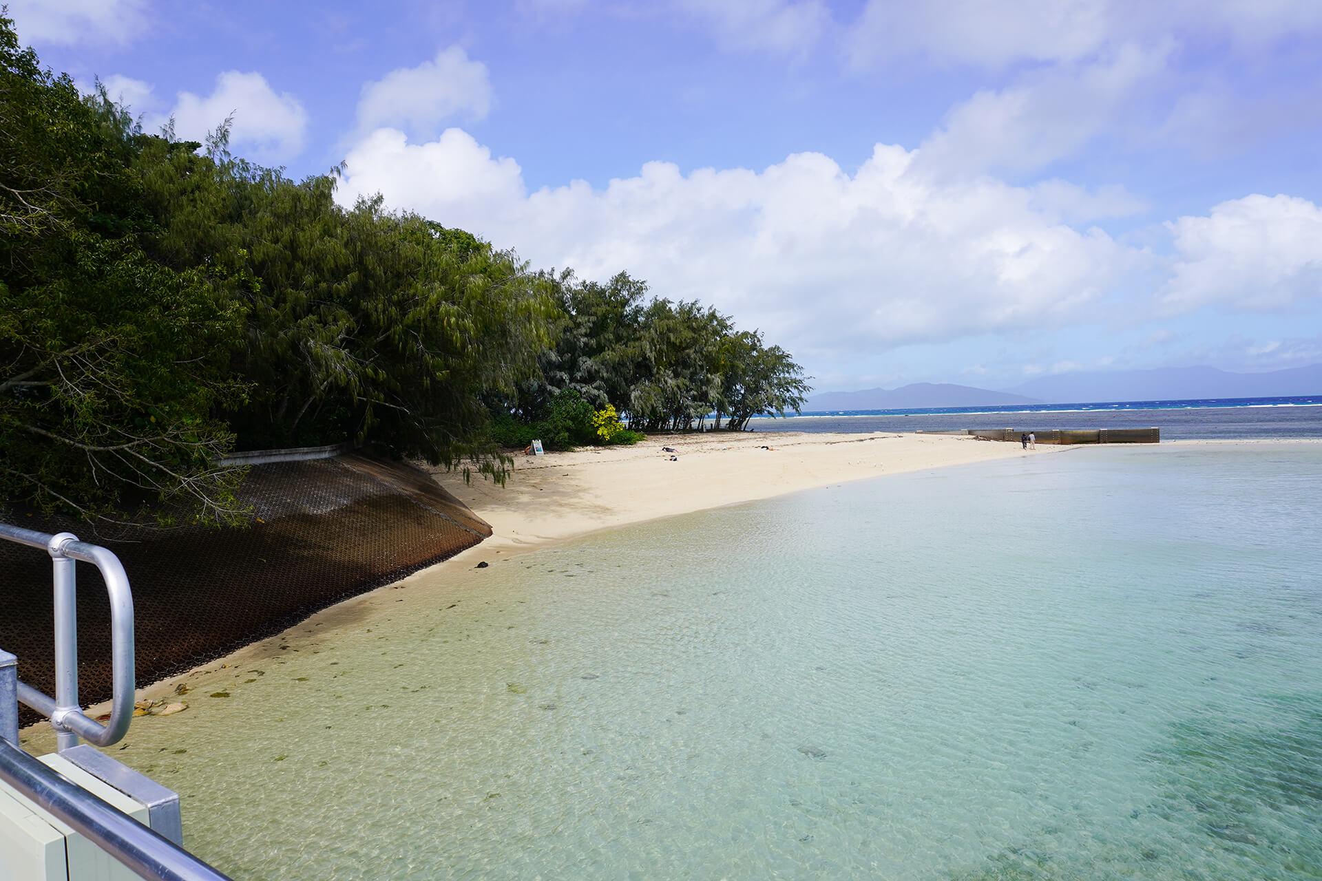 ケアンズ・グリーン島ビーチ