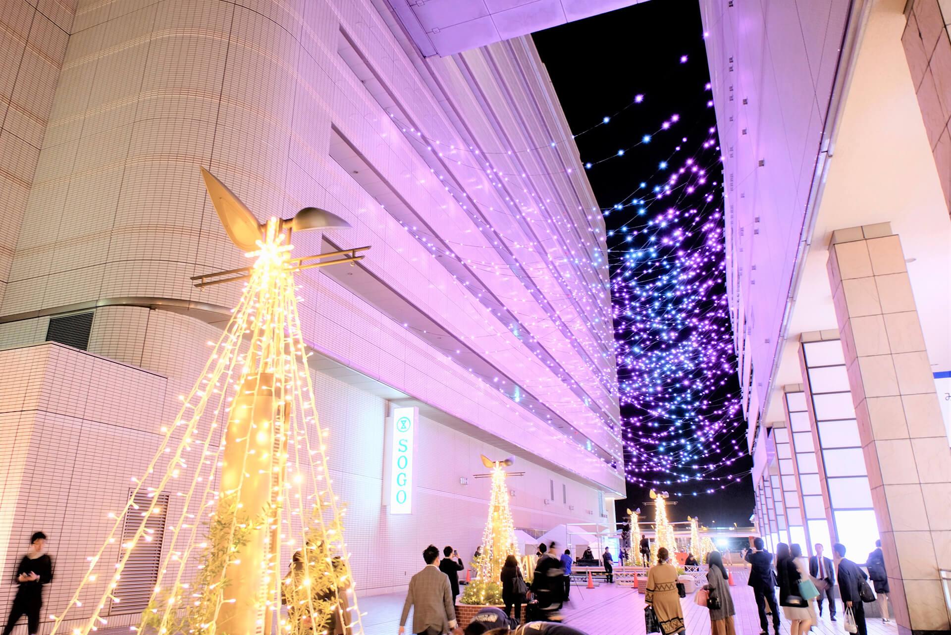 横浜駅東口イルミネーション 星降るテラス