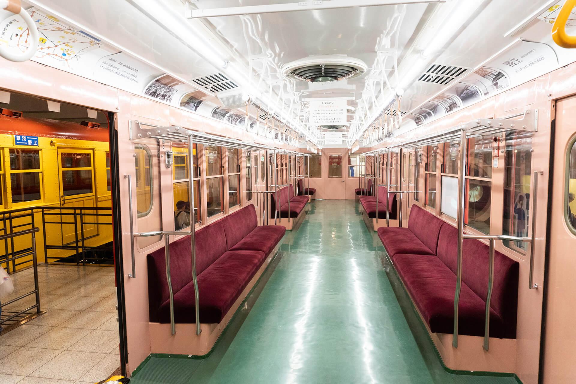 地下鉄博物館展示車内