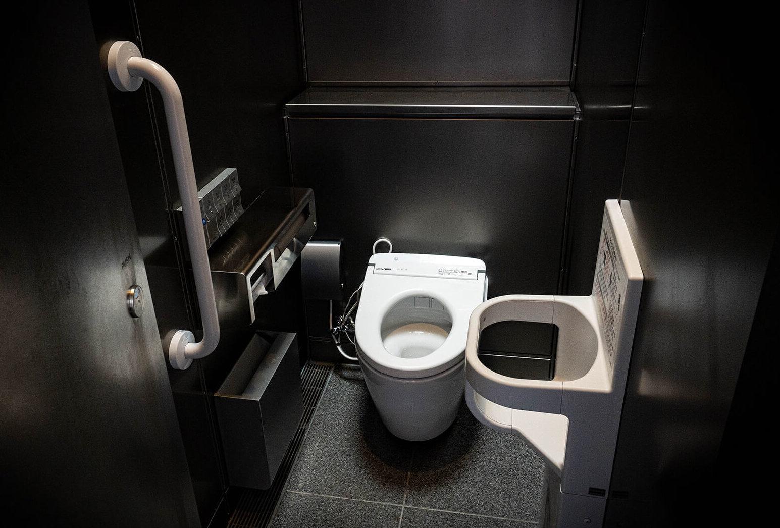 渋谷 公共・公衆トイレ 神宮通公園トイレ