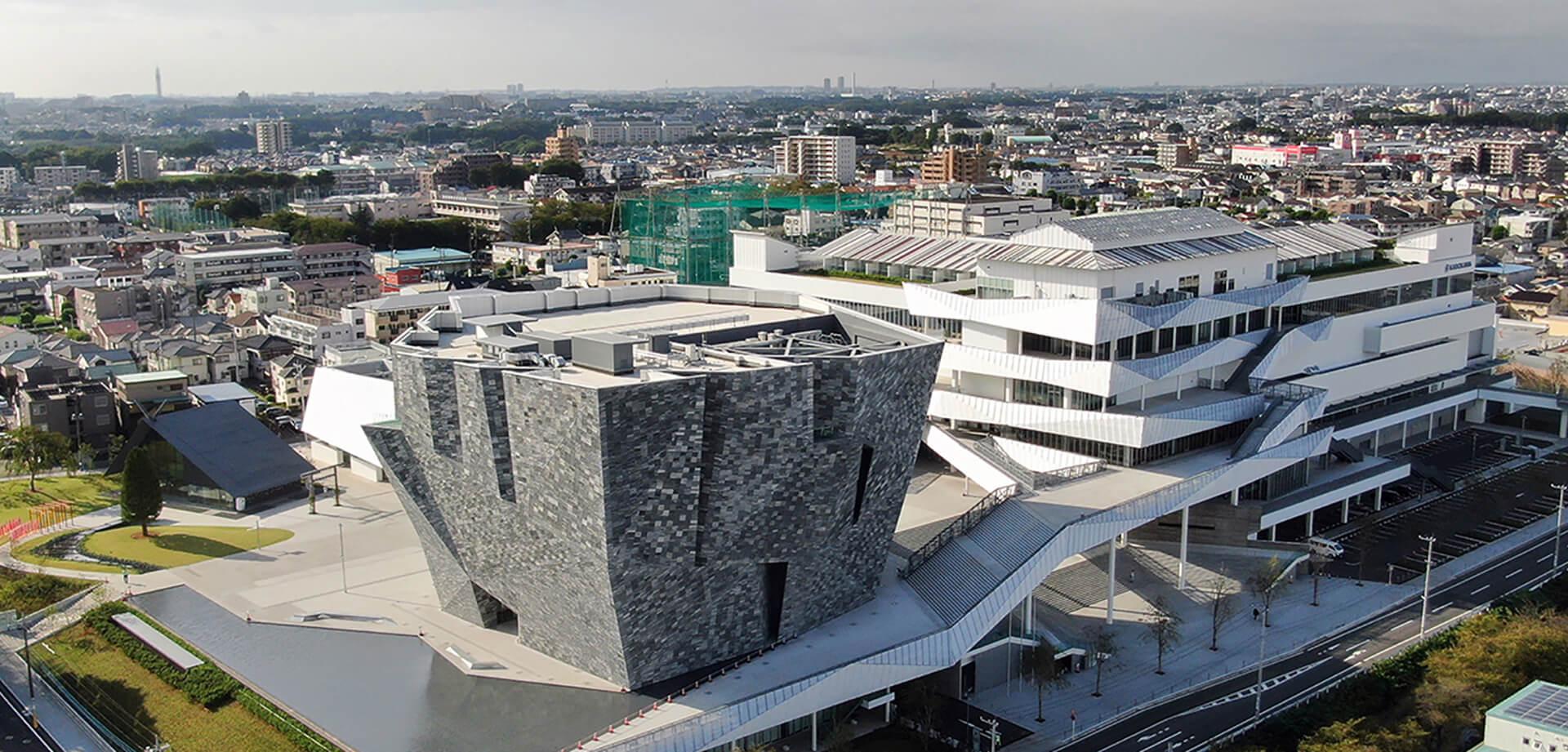 「ところざわサクラタウン」 「角川武蔵野ミュージアム」