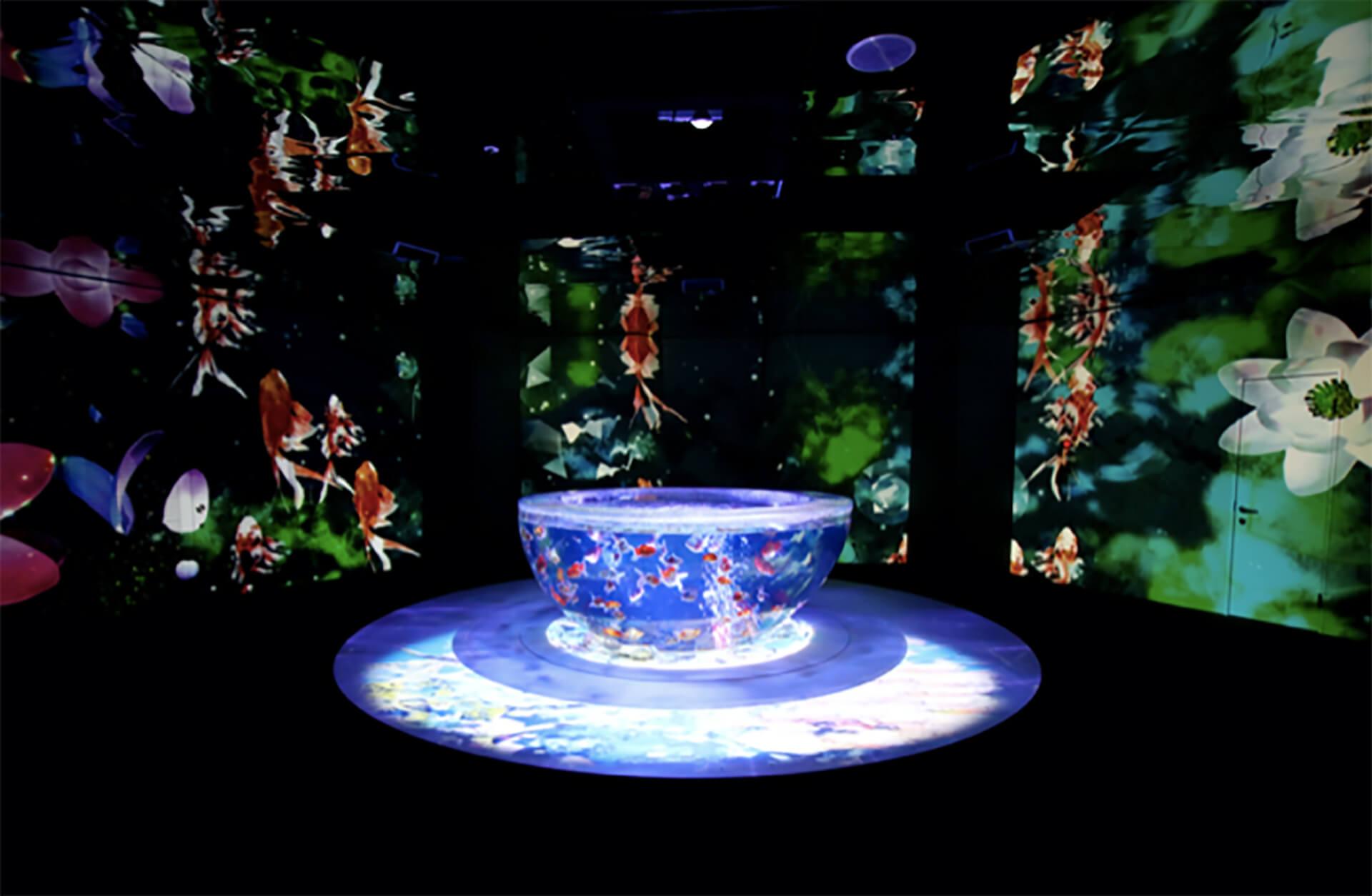 期間限定水族館 アクアリウム宇宙旅行「UNDER WATER SPACE」