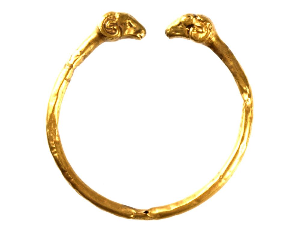 「古代オリエントをたのしむ!子どもミュージアム」&「金銀銅に魅せられて」